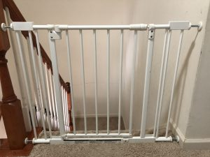 What Is The Best Baby Gate For Kids Safety On Stairs Desi Use